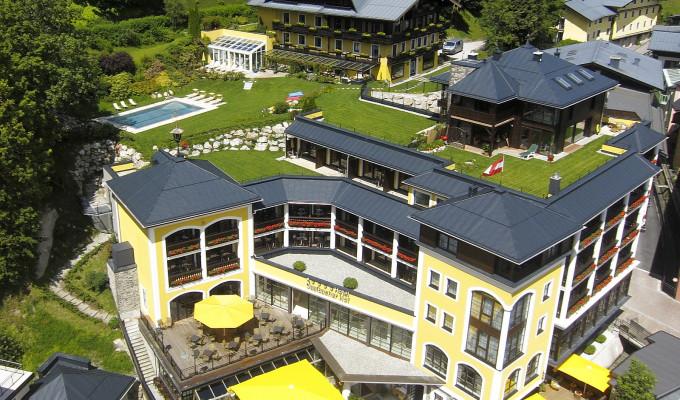 Außenansicht Hotel Saalbacher Hof