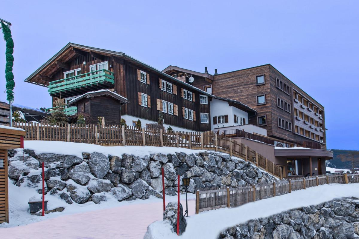 Außenansicht Das Alphotel Hirschegg