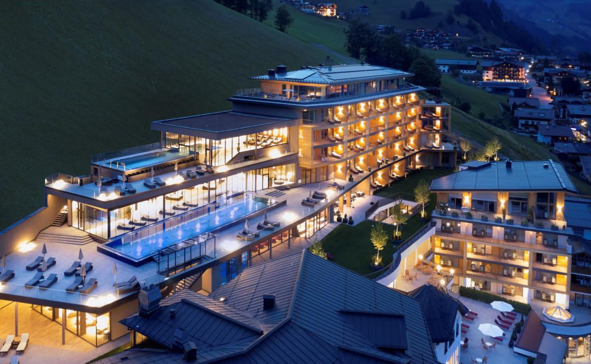 Außenansicht Das Edelweiß Salzburg Mountain Resort